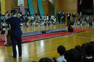 2009/4/23起小学校こいのぼり