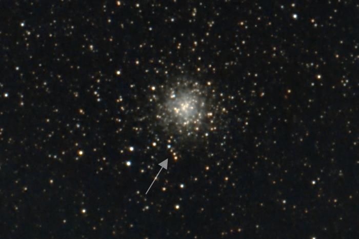 M9, Kugelsternhaufen mit Sternenkette
