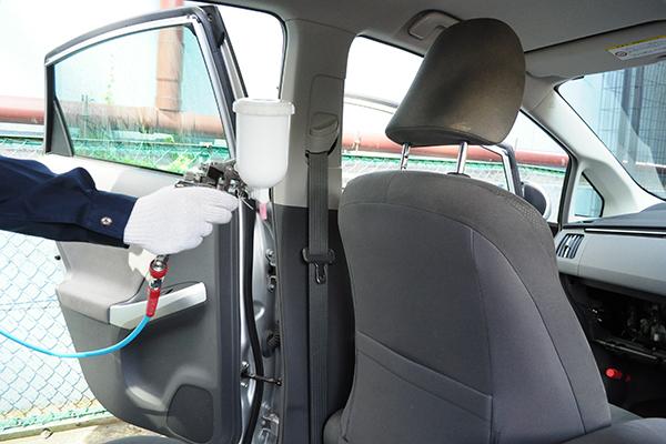 車内:プラチナ触媒コーティング