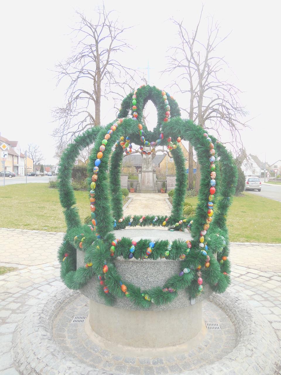 Osterbrunnen in Eckersmühlen