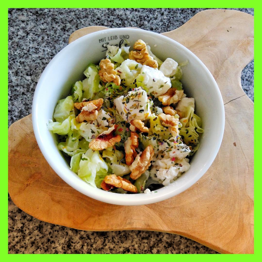 Kohl-Salat mit Feta