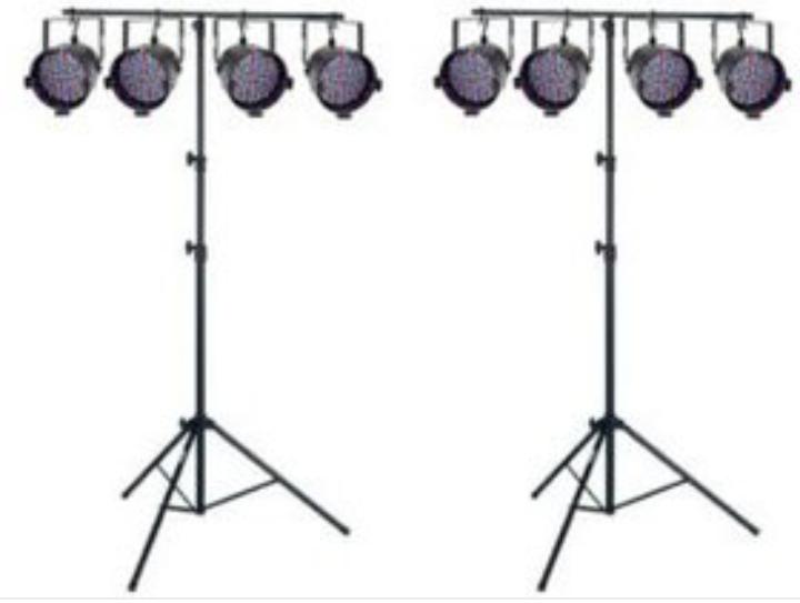 Lichtanlage LED Par 56 mit Stativen und Steuerung