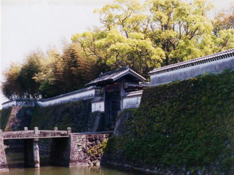 福江城 (石田城)・大手門
