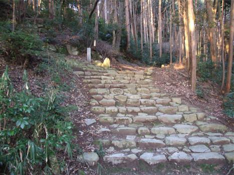 百々橋側階段