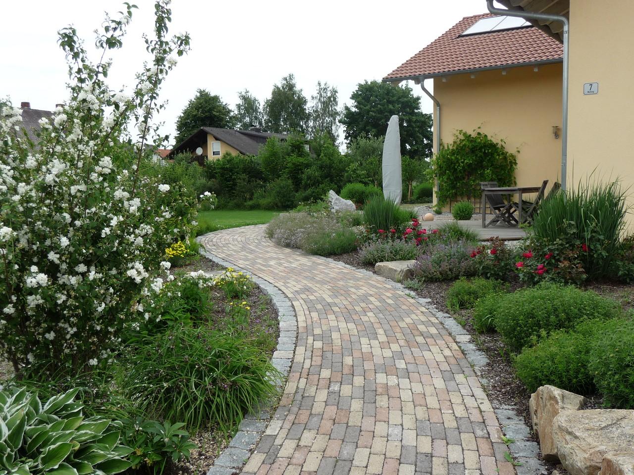 17310720180119 gartengestaltung nicolai regensburg for Gartengestaltung app