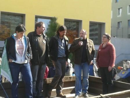 Les représentants des Groupements d'agriculteurs bio des Pays de la Loire organisateurs de la manifestation. Valérie Chaillou (GAB85), Bruno Gris (GAB44), Philippe Jaunet (GABBAnjou), Eric Guihery (Civam Bio 53), Stéphanie Pageot (Président de la FNAB)