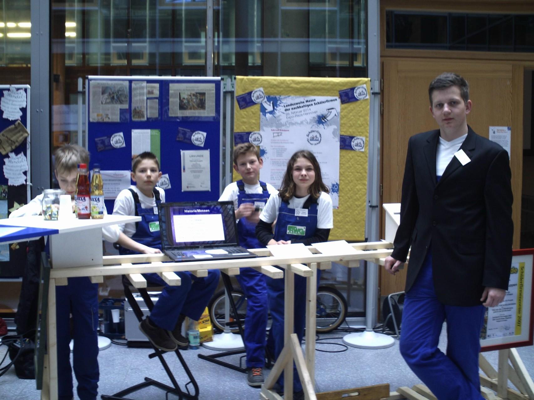 Platz 3 im Wettbewerb auf der niedersachsenweiten Schülerfirmenmesse in Hannover 2013.