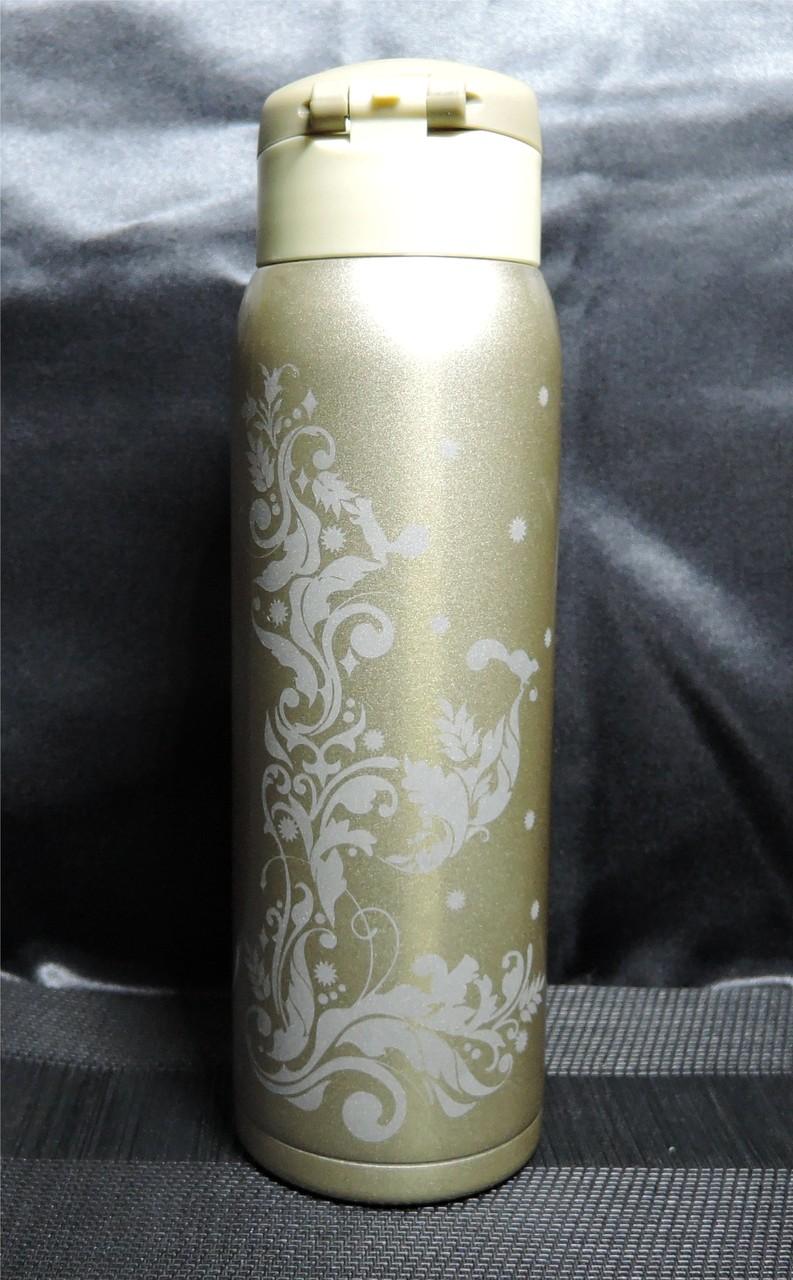 オリジナルデザインを彫刻した一点物のステンレスボトル
