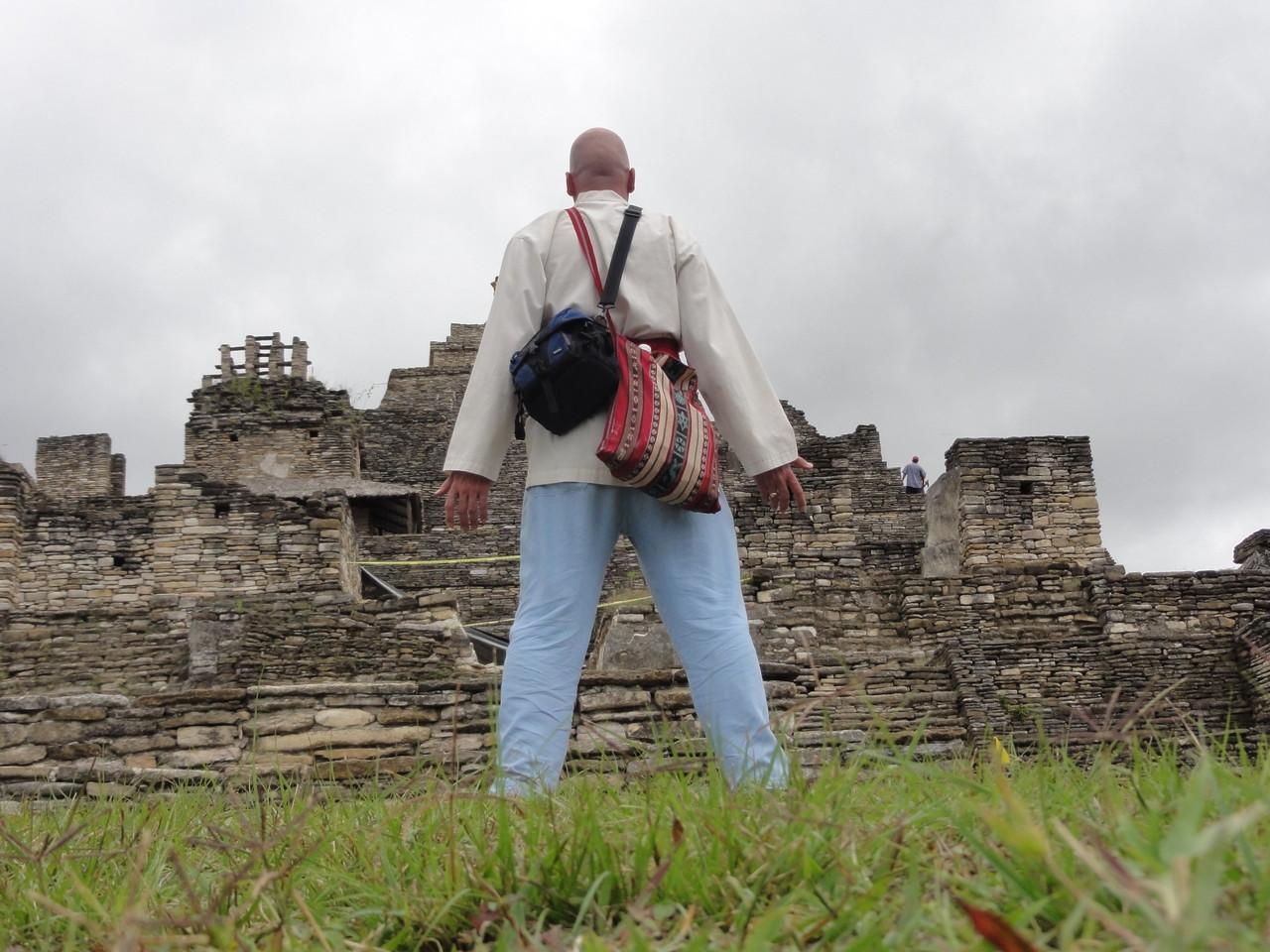 subiendo los 7 niveles de la montaña-pirámide