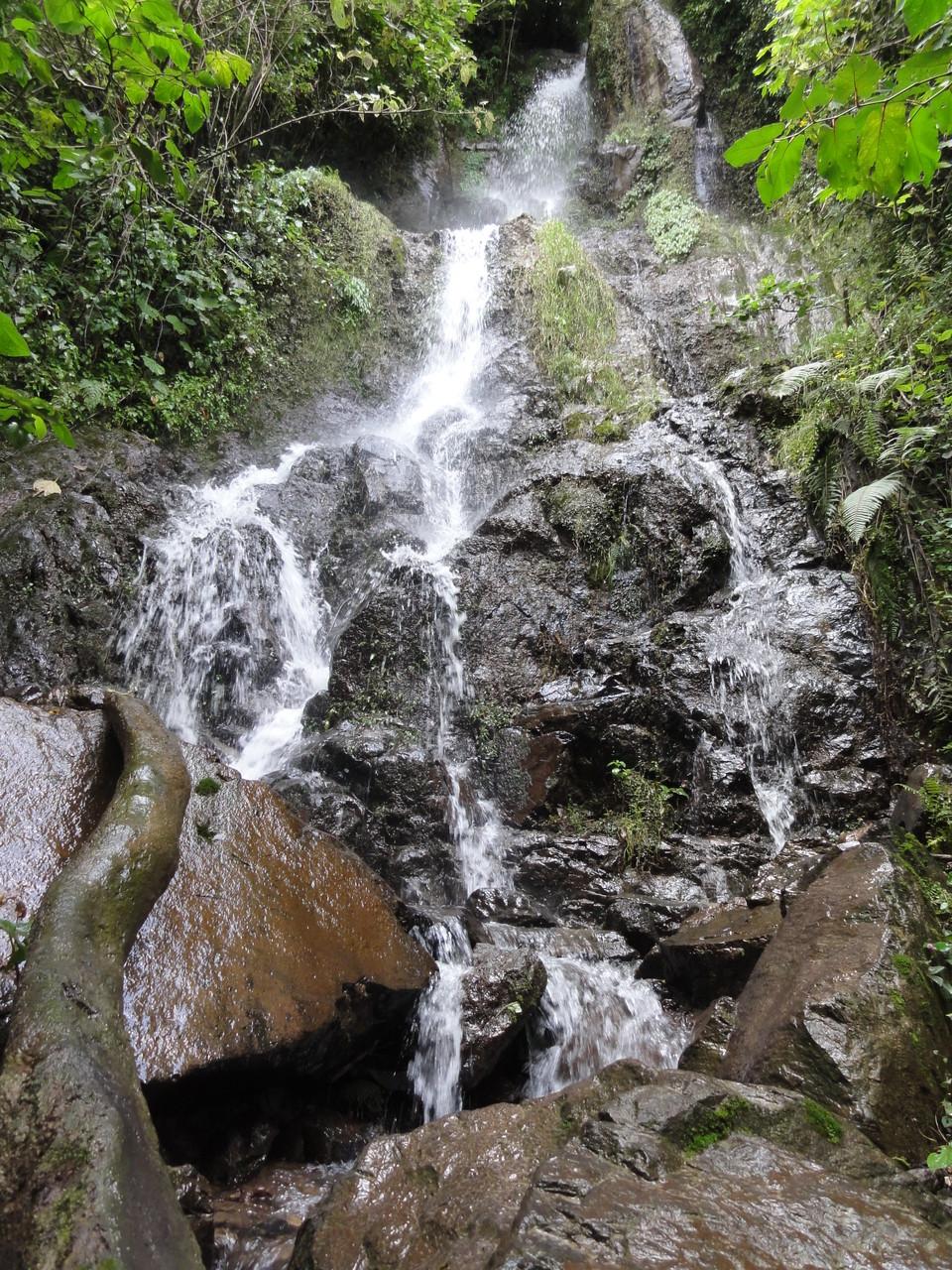 el lugar está bendecido de agua pura...