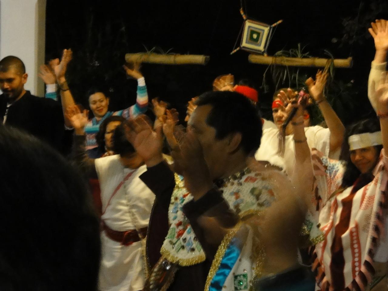... with Mayan Priest /con el sacerdote maya Don Lauro