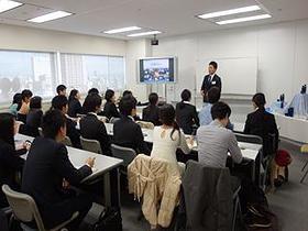 たくさんの仲間と優れた講師陣 英会話付きの就活予備校 名古屋で唯一