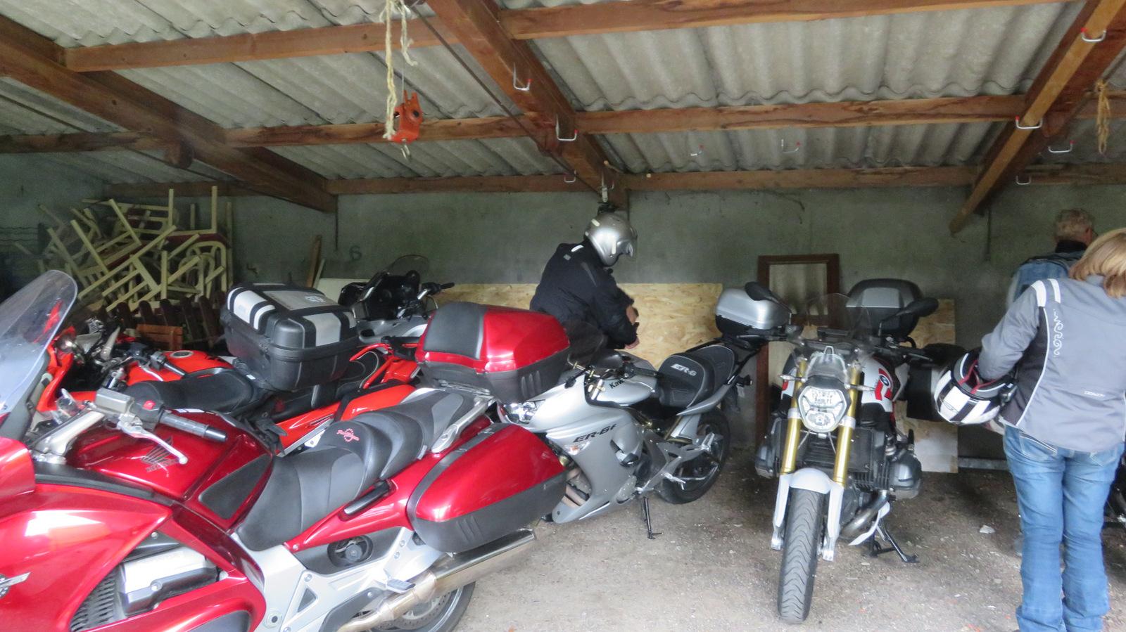 ... pour les motos