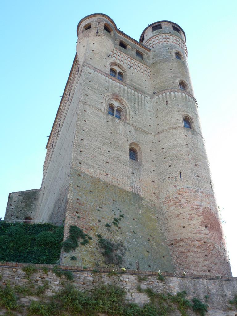 château de Serralunga d'Alba
