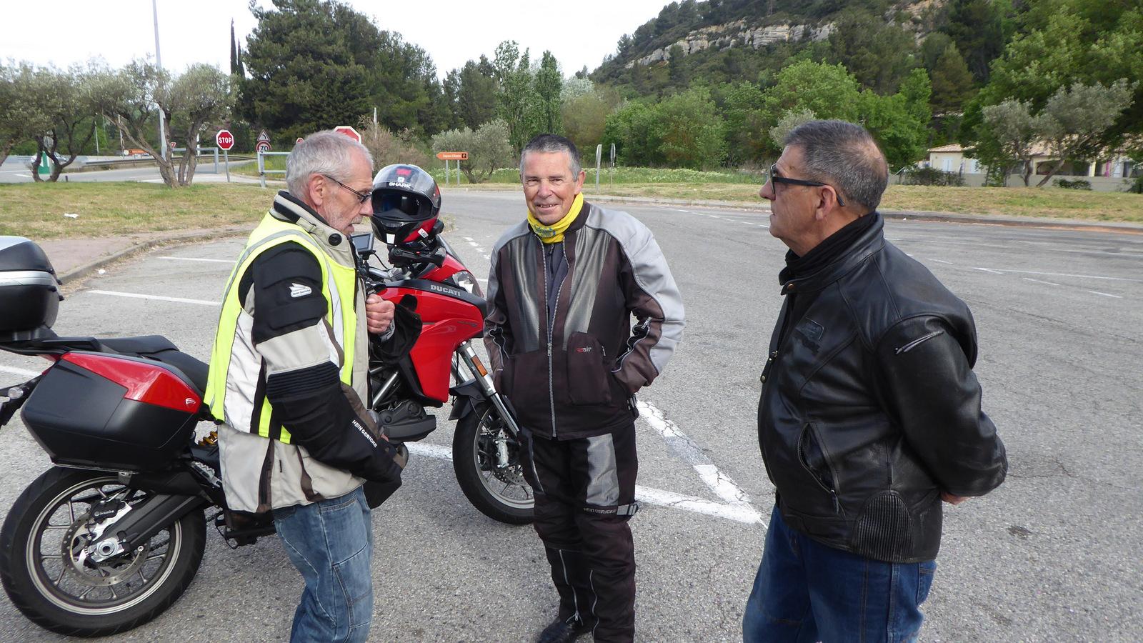 ... pour les motards de l'ouest Varois et les 13 !!!