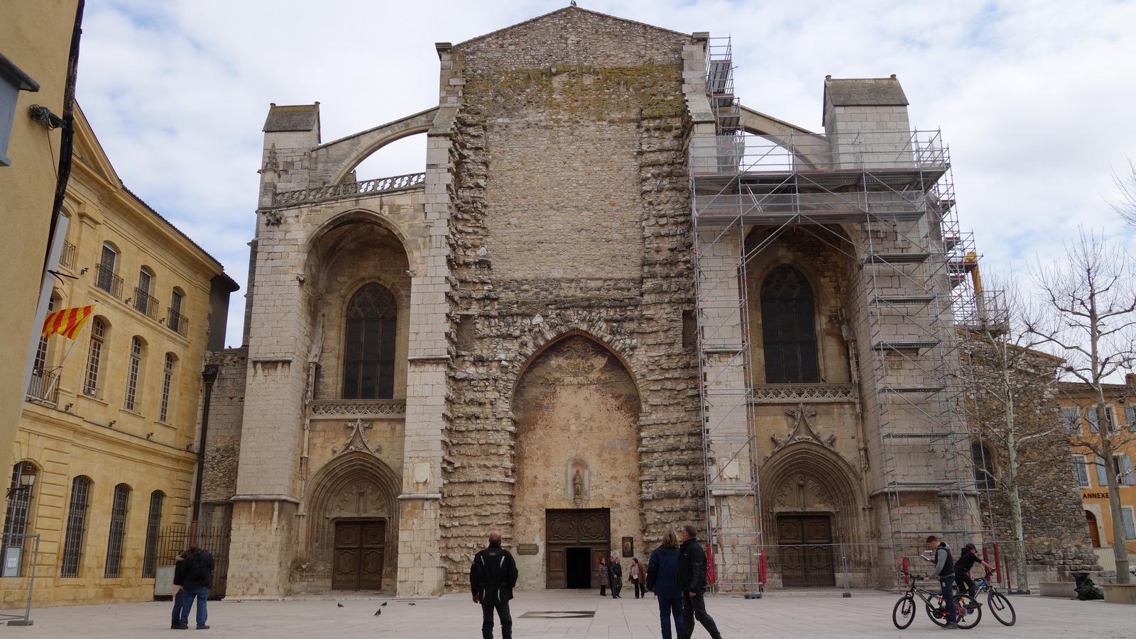 la Basilique Ste Marie Madeleine de St Maximin