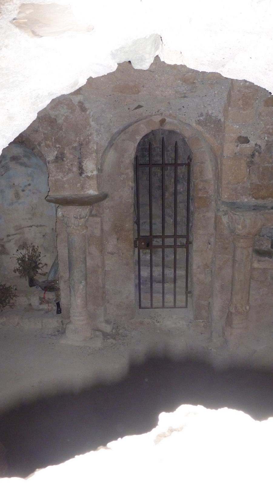 Crypte de N.D de Dromon