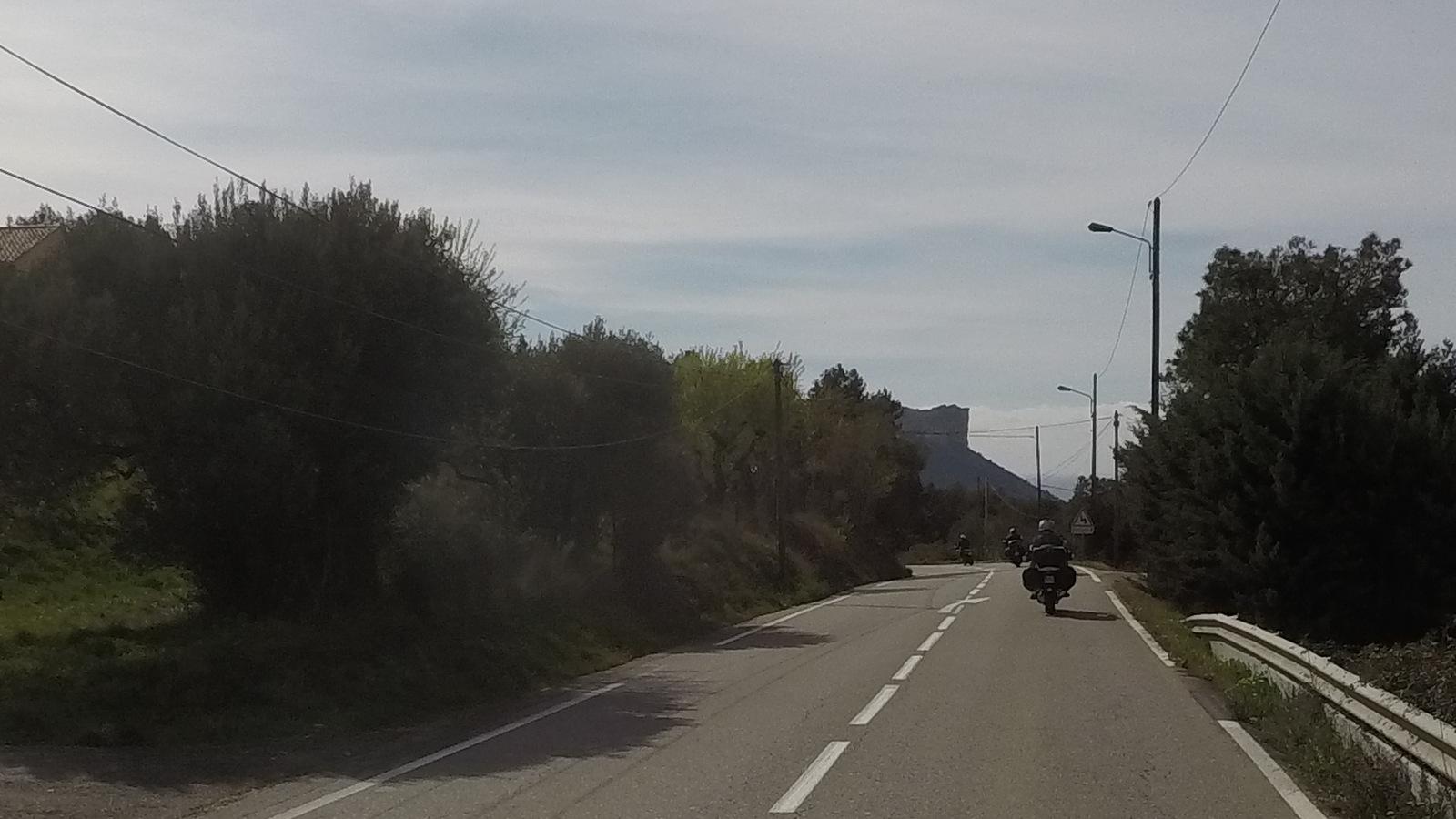 falaises de Cassis au loin ...