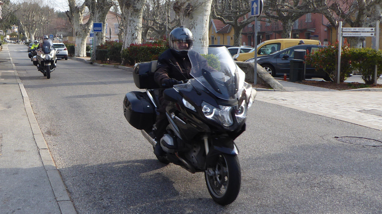 ... Méounes-lès-Montrieux ...