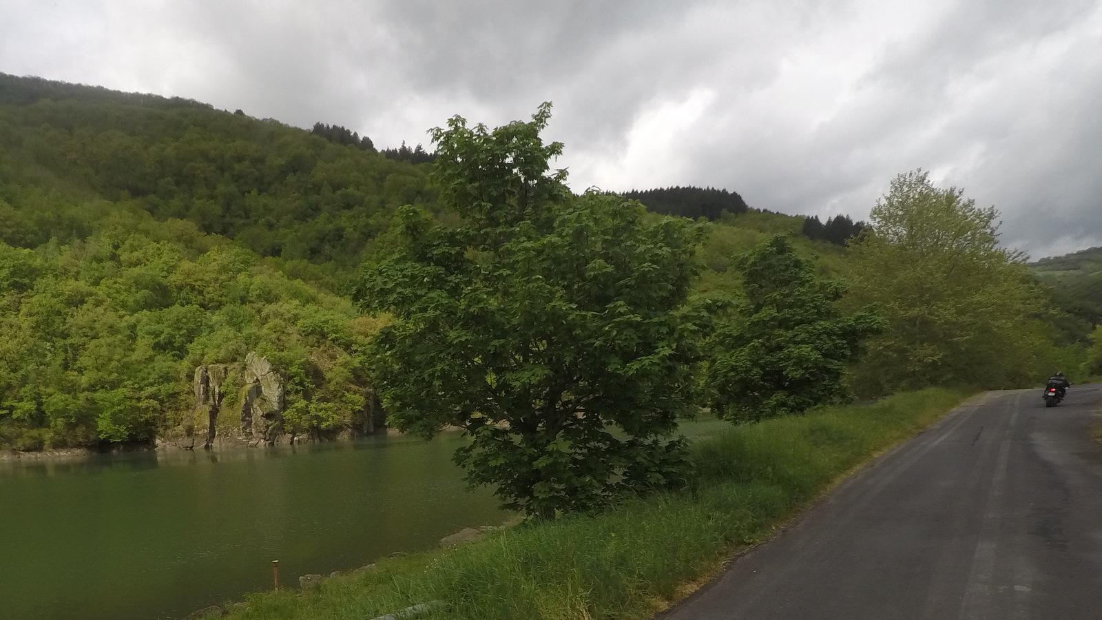 en longeant le Tarn
