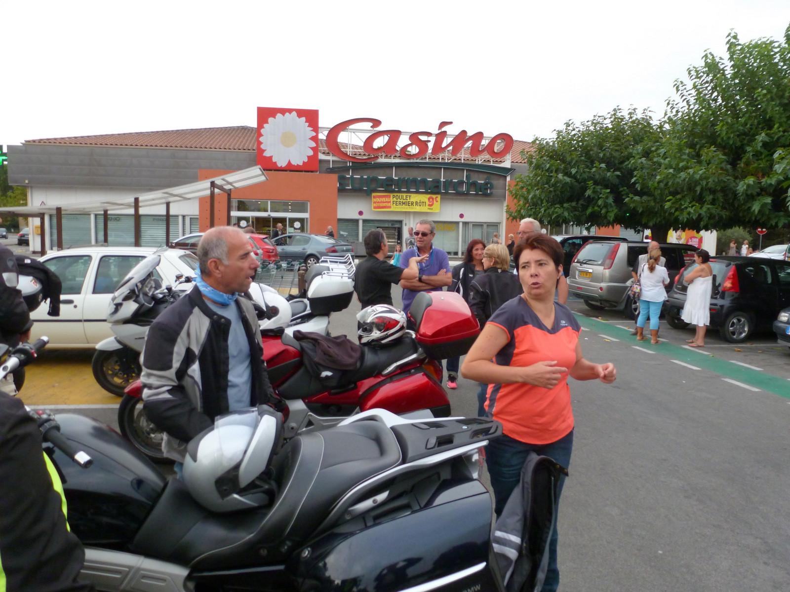 ... parking Casino du Muy