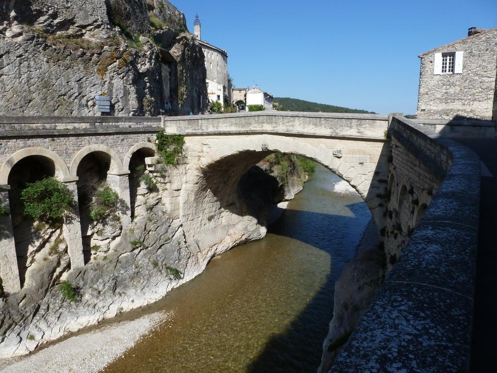 pont Romain sur l'Ouvèze (RD)