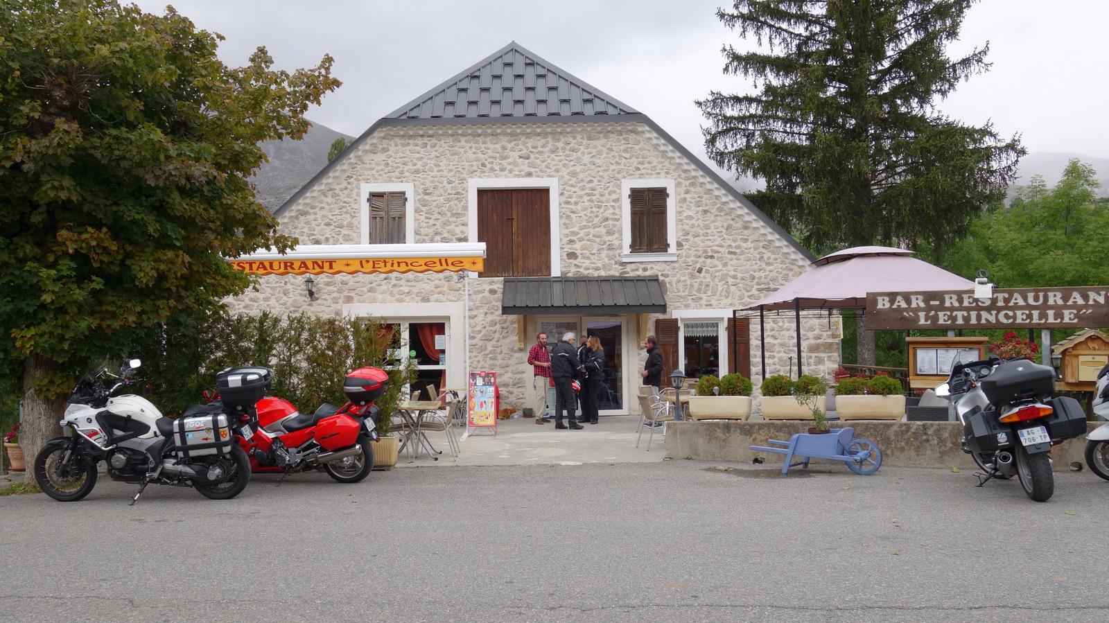 déjeuner au restaurant l'Etincelle à Agnières en Dévoluy