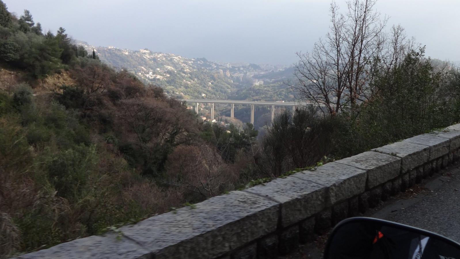 direction l'autoroute
