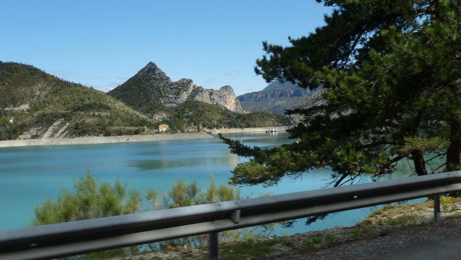 au lac de Castillon