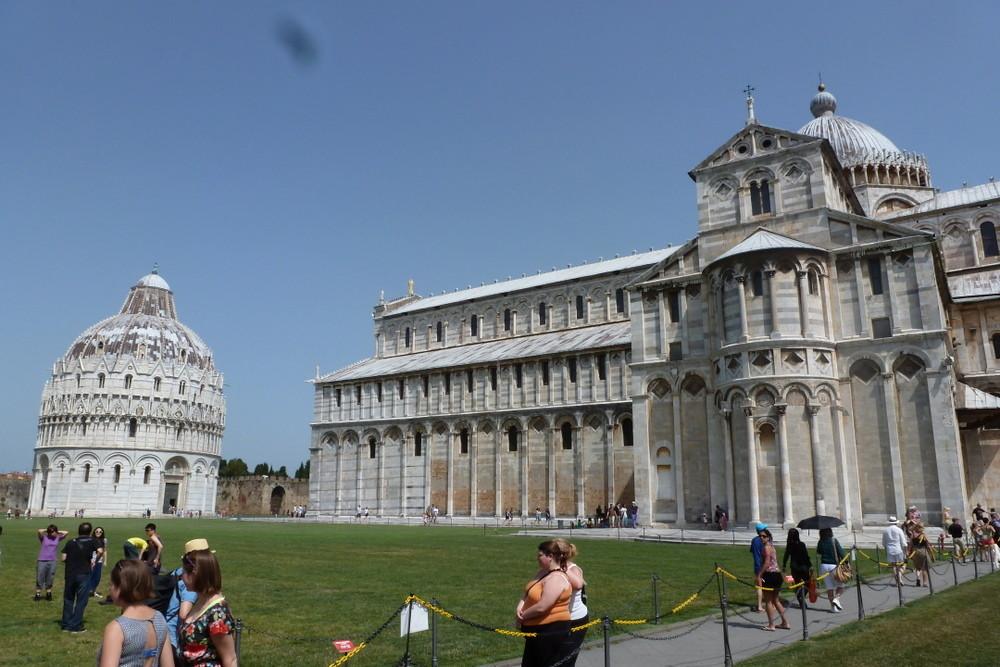 Pise - le Duomo et le baptistère