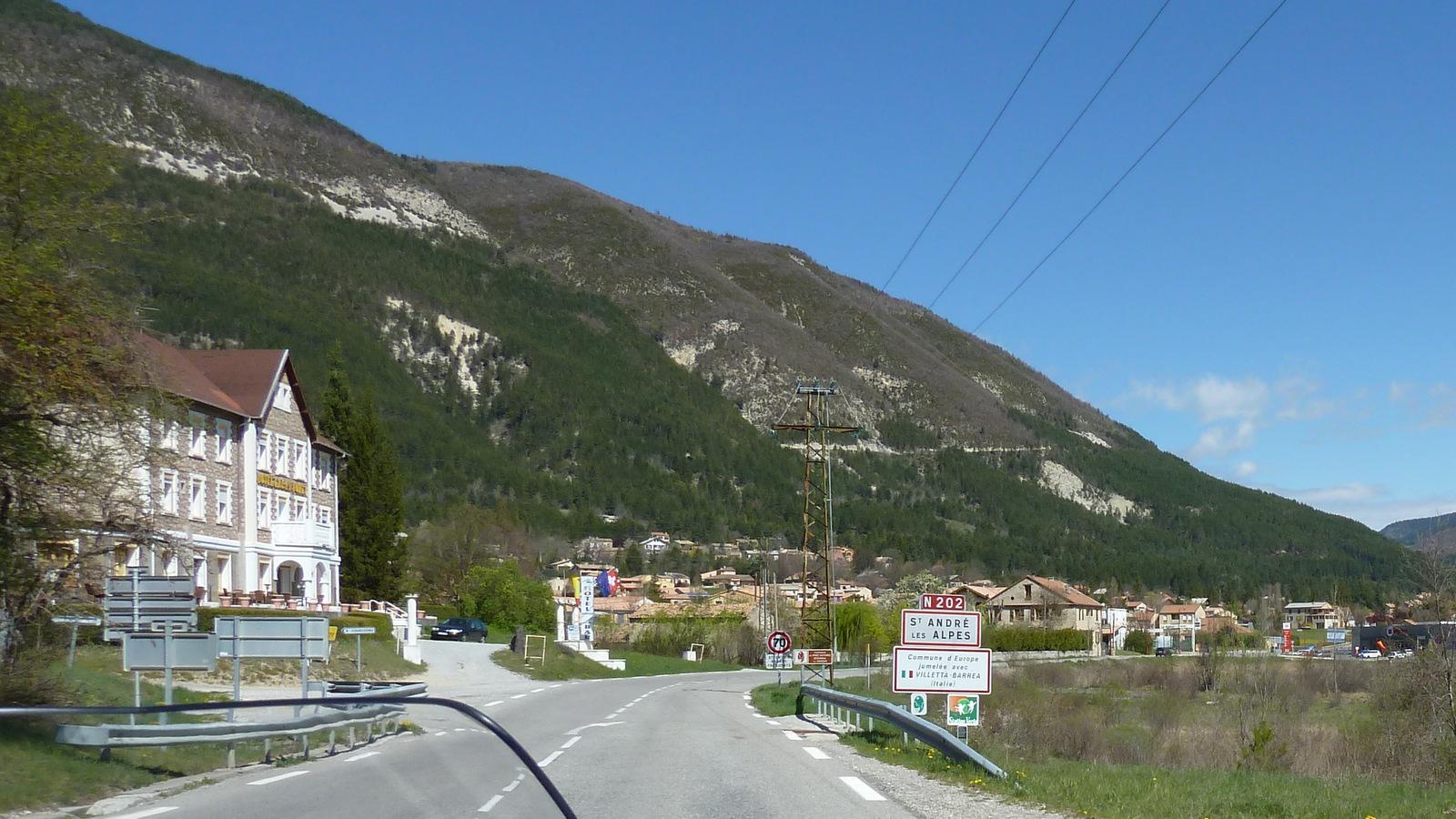 passage à St André les Alpes