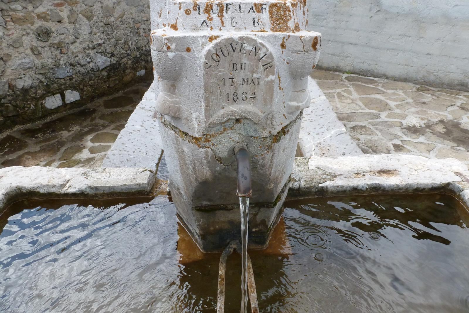fontaine de Soleilhas