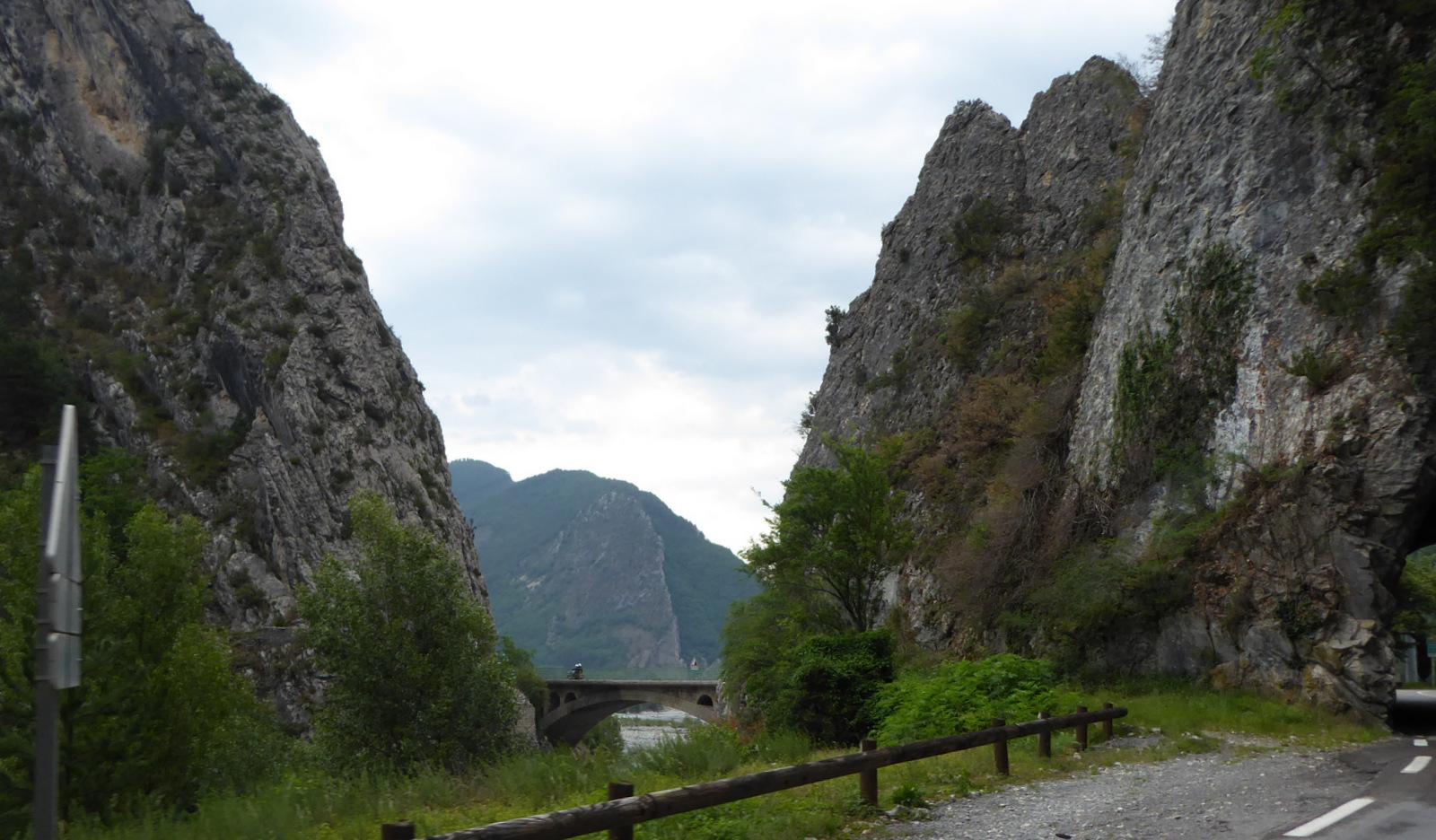 pont de Gueydan sur le Coulomp à St Benoît