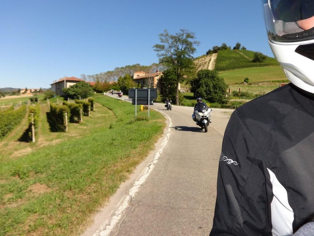 arrivée groupe 1 à Serralunga d'Alba