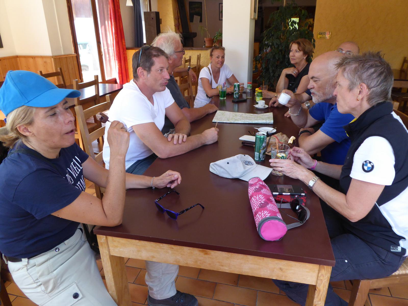 pause café (auberge des Aiguilles)