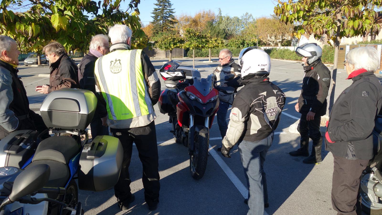 Michel et sa Ducati font le Buzz du jour !!!