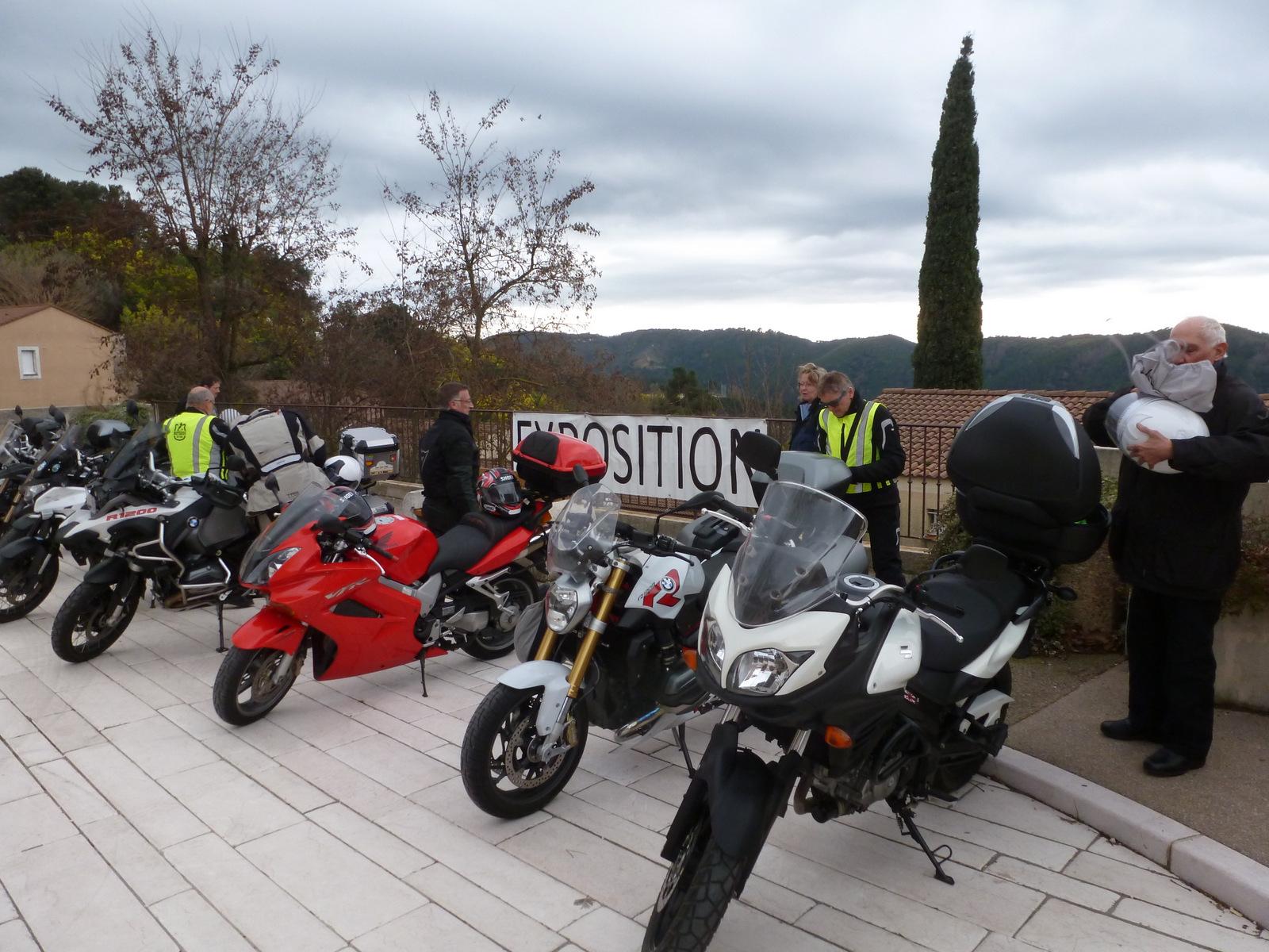 l'exposition des motos est finie on peut y aller ...