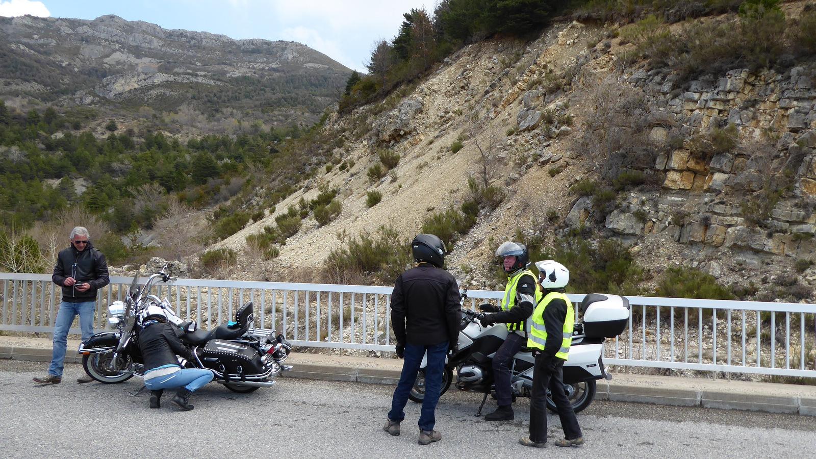arrêt sur le pont du Paoutas