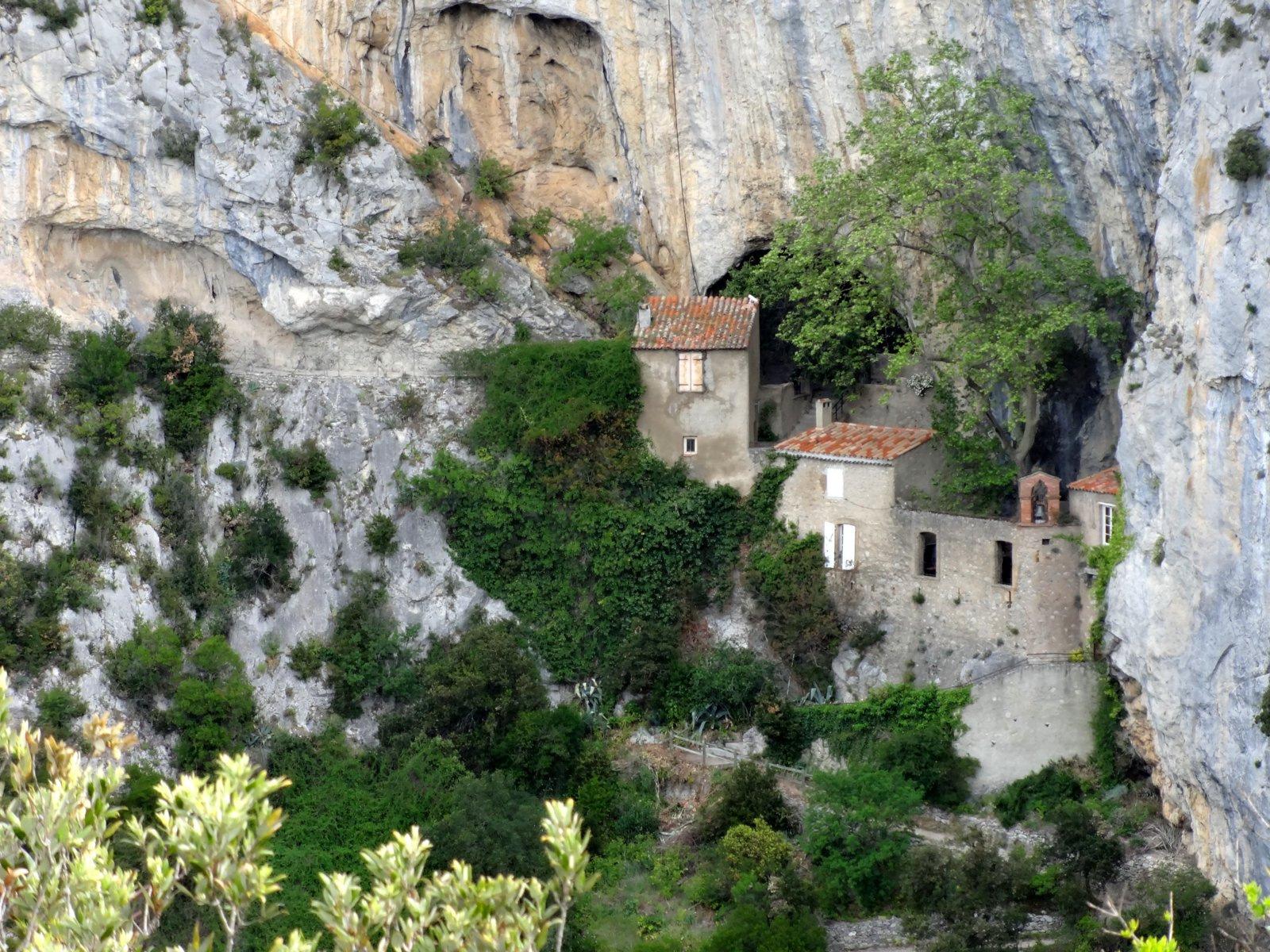 Ermitage de St Antoine de Galamus