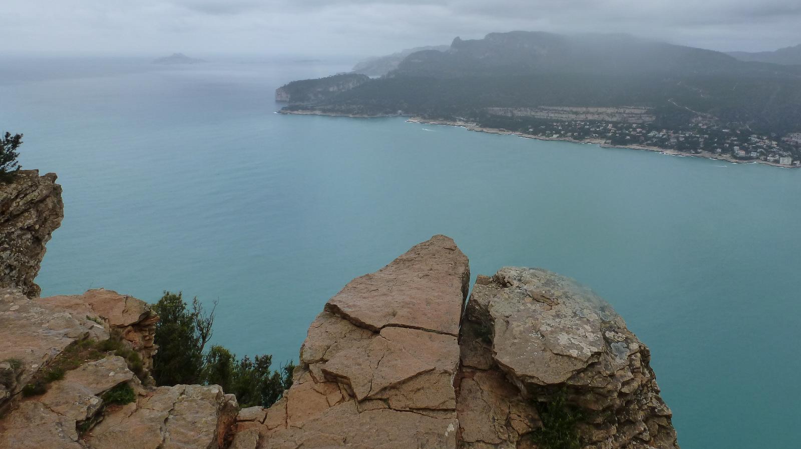 ... les calanques et l'île de Riou