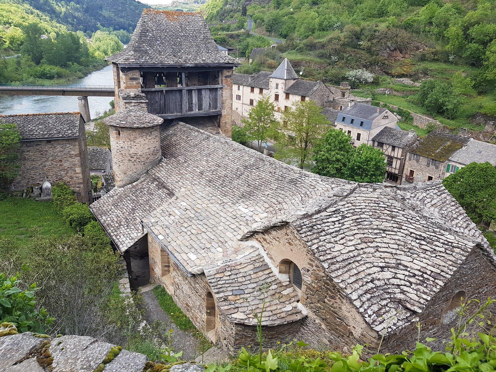 ... de Brousse le Château