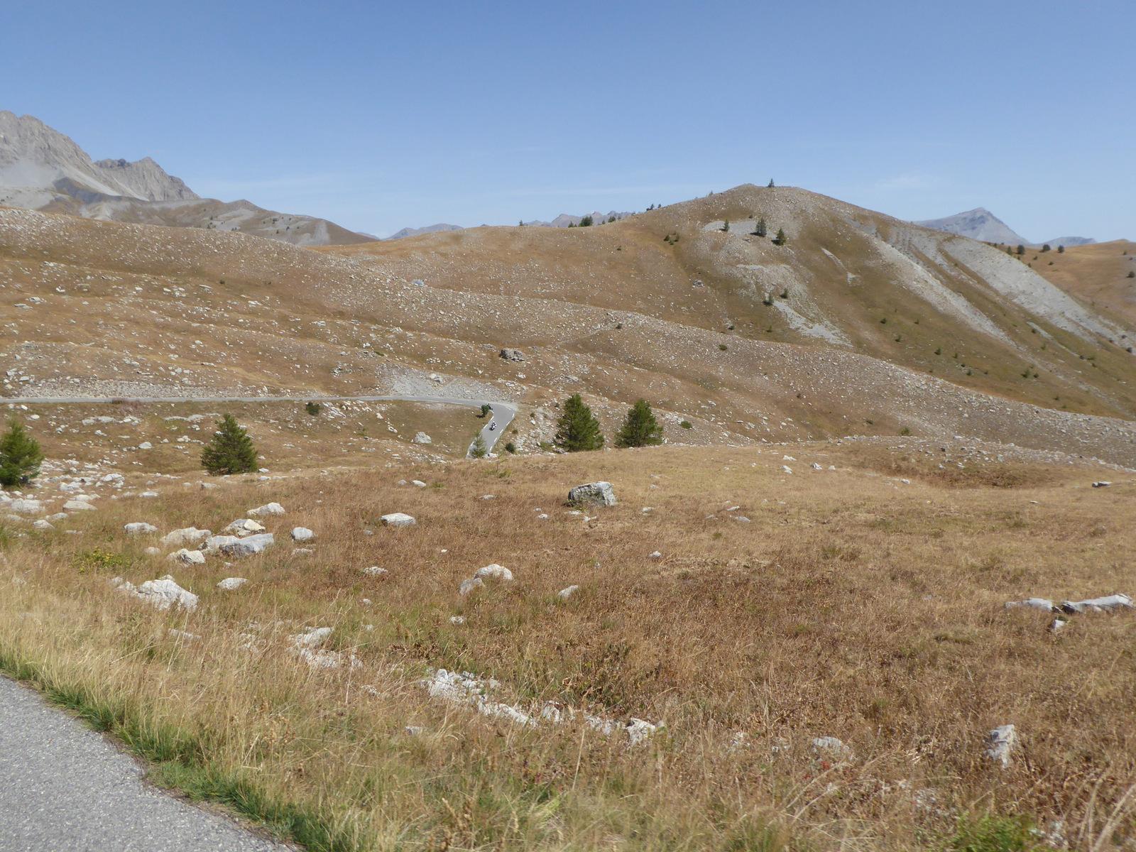 descente du col des Champs vers Val Pelens
