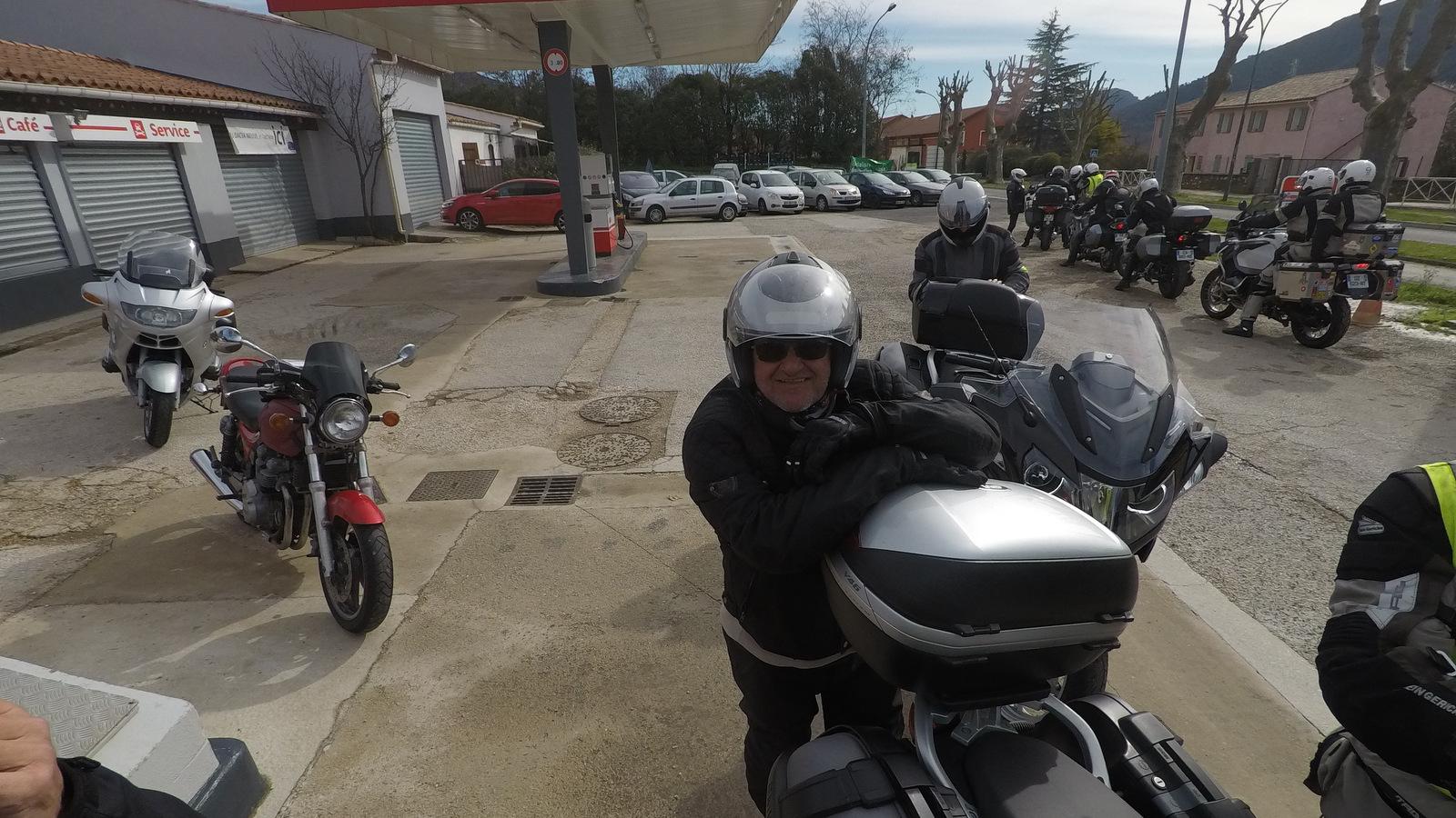 retour aux motos ... direction Cassis