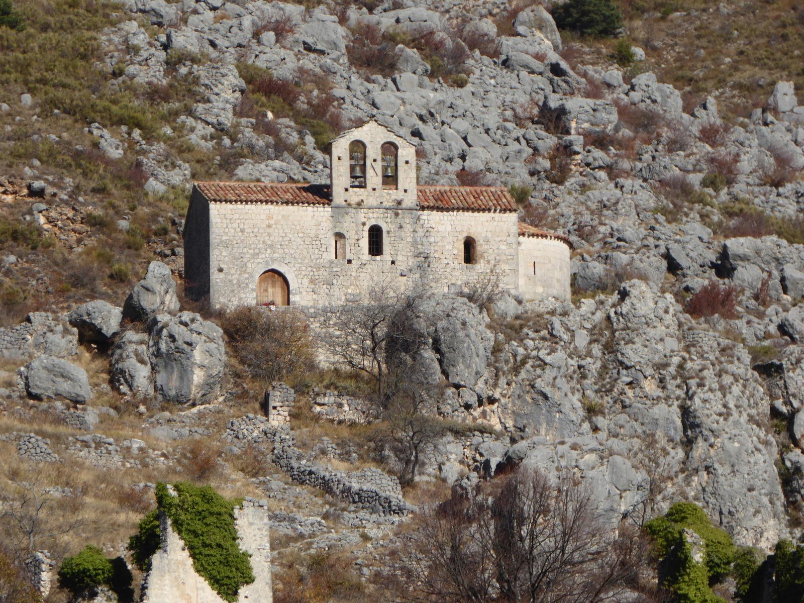 ... la chapelle Saint Etienne ...