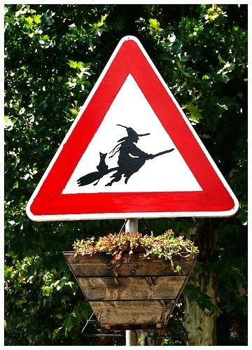danger sorcières ...