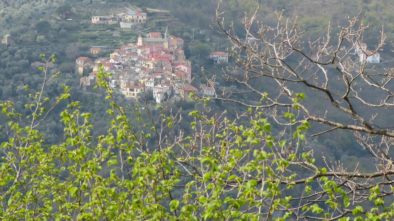 ... avec vue sur Valloria
