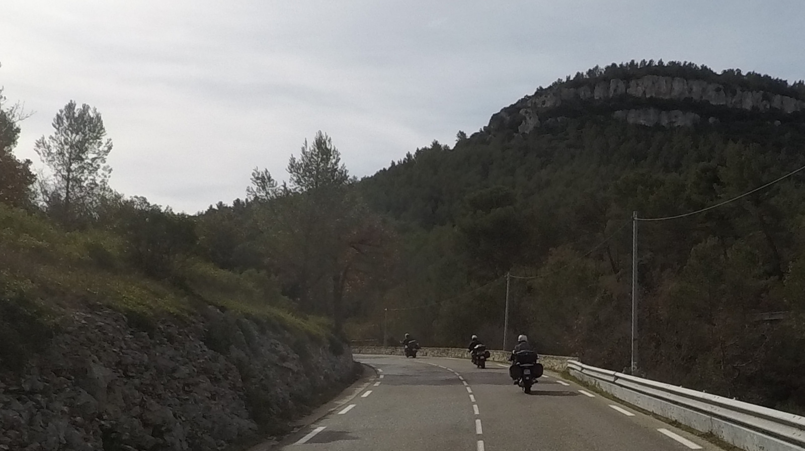 sur la D1 vers Roquefort