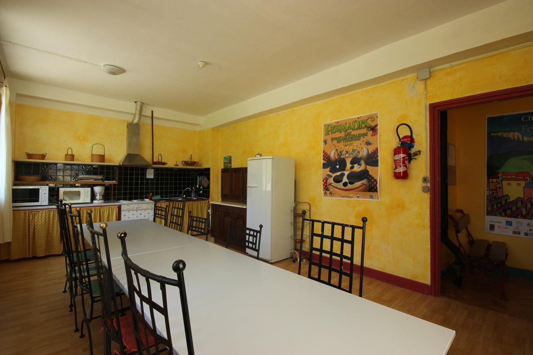 Une deuxième cuisine jusqu'à 15 personnes, idéale aussi pour les petites réunions