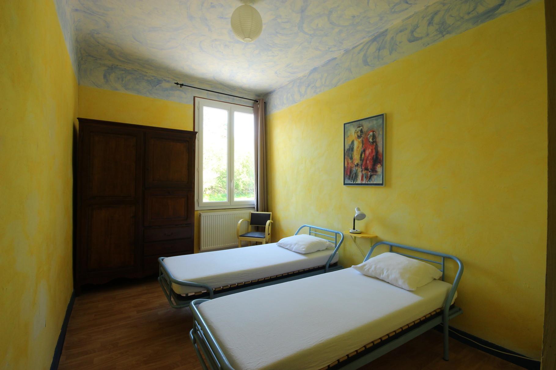 Chambre de deux lits