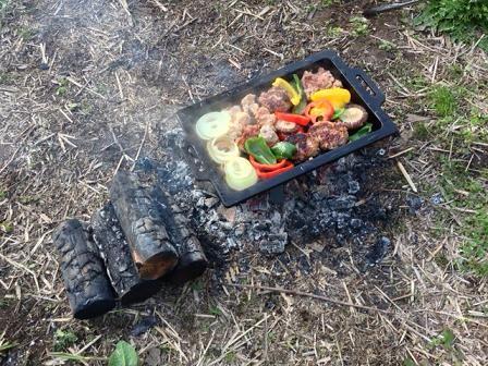 お野菜も軽く焼きます。